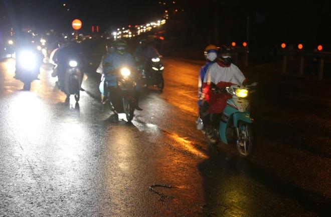 Bố tử vong, con gái bị thương trên đường chạy xe máy ở miền Nam về Nghệ An - 3
