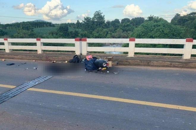 Bố tử vong, con gái bị thương trên đường chạy xe máy ở miền Nam về Nghệ An - 1