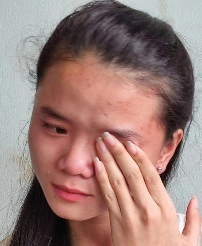 Cô gái từng đi xin cơm ăn nghẹn ngào giấc mơ giảng đường đại học - 2