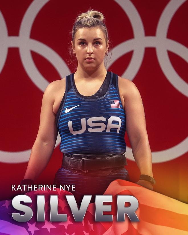 Gương mặt xinh đẹp của lực sĩ sinh năm 1999 giành huy chương bạc Olympic - 3