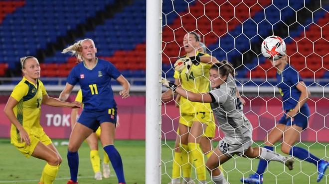 Loại đội tuyển nữ Mỹ, Canada vào chung kết Olympic gặp Thụy Điển - 3