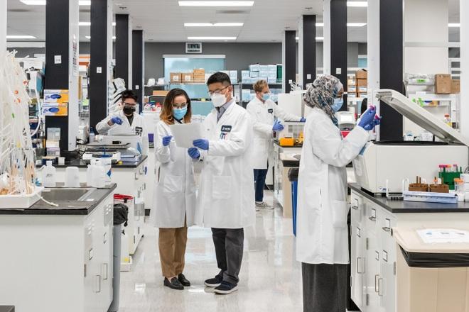 Vingroup sẽ xuất xưởng vắc xin Mỹ Arcturus từ đầu 2022, công suất 200 triệu liều/năm - 1
