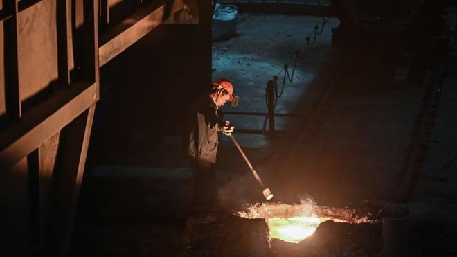 Trung Quốc gần như không thể giảm được sản lượng thép - 1