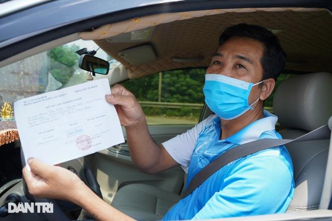 Tài xế bức xúc việc trả phí cao tốc khi phải quay xe không được vào Hà Nội - 9