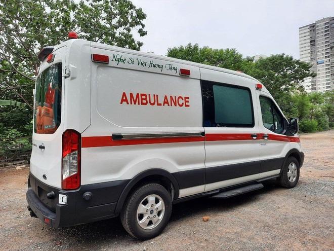 Việt Hương trao tặng xe cứu thương 2,5 tỷ cho ông Đoàn Ngọc Hải - 3