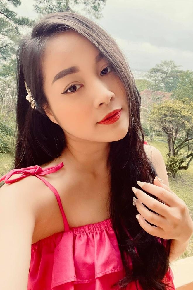 15 năm Nhật ký Vàng Anh, Minh Hương từ con hóa bạn gái NSND Mạnh Cường - 4