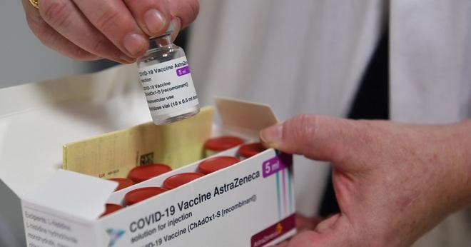 Bộ Y tế phân bổ hơn một triệu liều vắc xin cho TPHCM và Hà Nội - 1