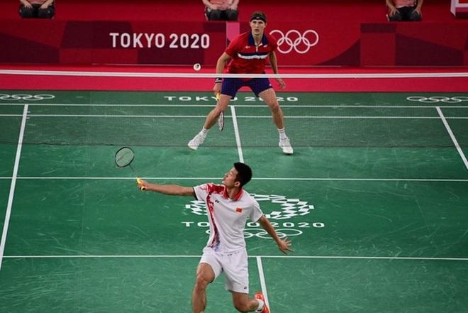 VĐV Đan Mạch khóc như mưa khi đánh bại nhà vô địch cầu lông Trung Quốc - 1
