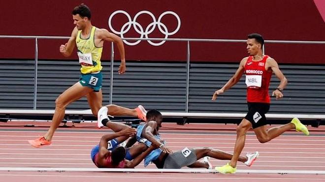 Cái kết cực đẹp cho siêu nhân không mặc áo choàng ở Olympic 2020 - 1