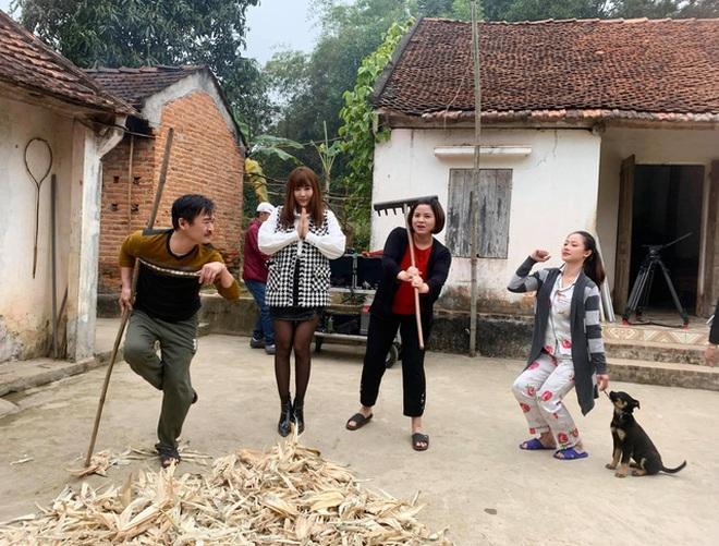 Lệ Mùa hoa tìm lại hé lộ đời tư Đồng, Núi, Hoa, Hoàn: Kẻ ế, người đề huề - 7