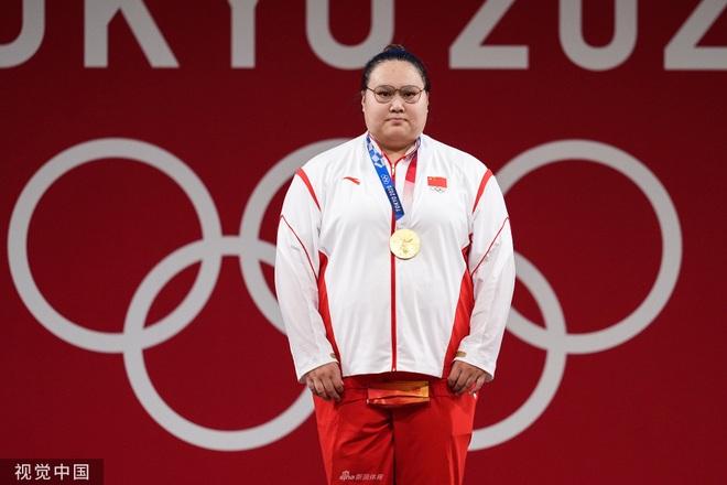 Chân dung nữ lực sĩ Trung Quốc đánh bại VĐV từng là nam ở hạng trên 87kg - 11