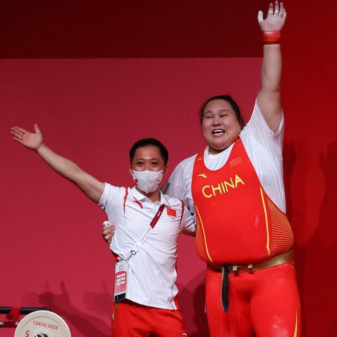 Chân dung nữ lực sĩ Trung Quốc đánh bại VĐV từng là nam ở hạng trên 87kg - 6