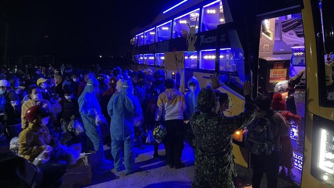 Ninh Thuận: 9 người đi xe máy từ Đồng Nai về mắc Covid-19 - 2