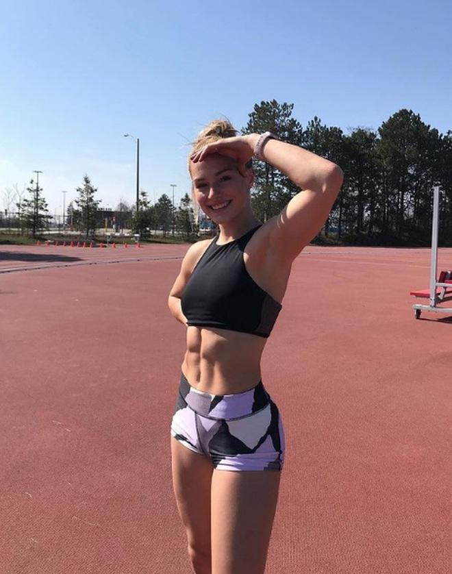 Nhan sắc như hotgirl của vận động viên Canada dự Olympic 2020 - 4