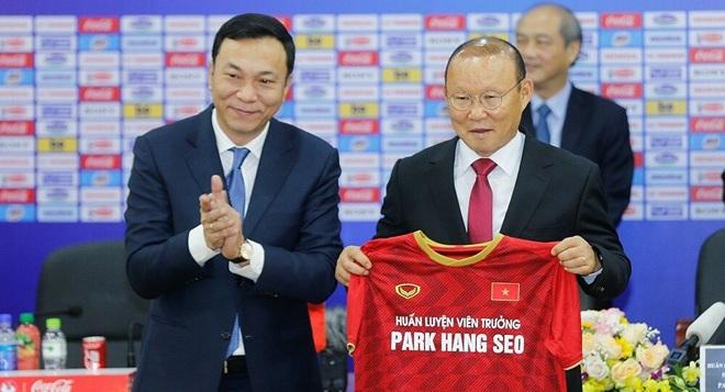 Vì sao HLV Park Hang Seo chưa chốt hạ hợp đồng với VFF? - 2