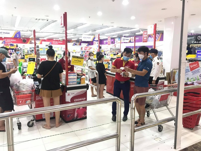 Kịch bản cung ứng của Hà Nội khi nhiều chợ đầu mối, siêu thị đóng cửa vì F0 - 1