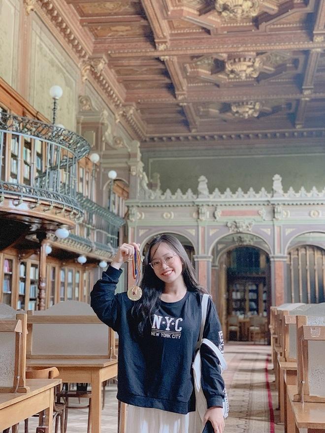 Nữ sinh con nhà nòi Hóa học và ước mơ đưa sáng tạo Việt ra thế giới - 2