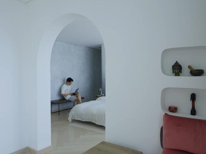 Tiết lộ thiết kế căn penthouse 2 tầng khiến chủ nhà không muốn ra ngoài - 10