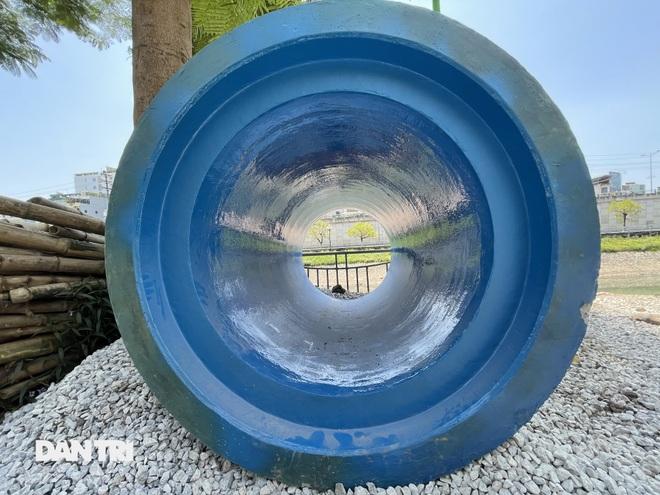 Đánh chuyển hơn 700 cây xanh dọc sông Tô Lịch để làm dự án thoát nước thải - 10