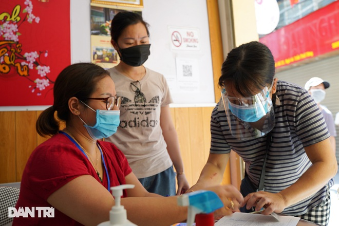 Nghị quyết 68: Hàng loạt lao động tự do ở Hà Nội nhận hỗ trợ 1,5 triệu đồng - 8