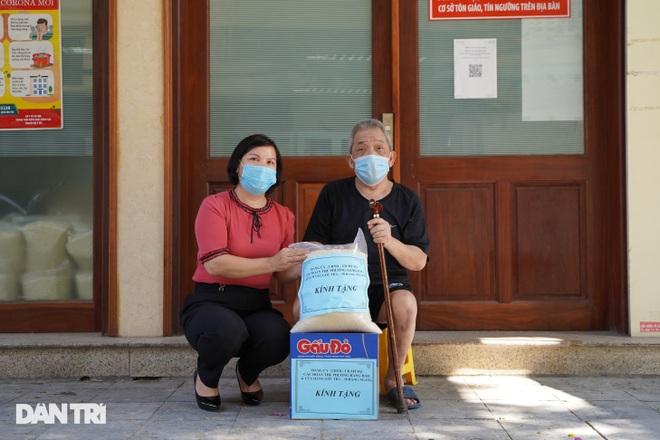 Nghị quyết 68: Hàng loạt lao động tự do ở Hà Nội nhận hỗ trợ 1,5 triệu đồng - 11
