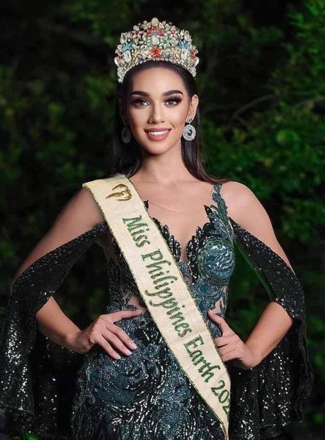 Dáng vóc nóng bỏng của người mẫu vừa trở thành Hoa hậu Trái đất Philippines - 1