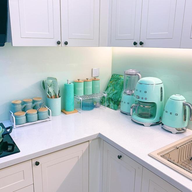 Mẹo nhỏ giúp căn bếp nhà bạn luôn sáng bóng, thơm tho - 4