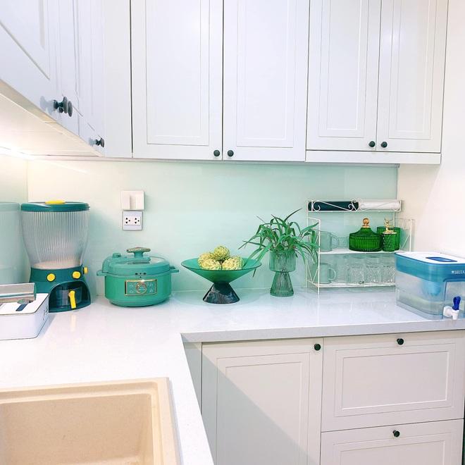 Mẹo nhỏ giúp căn bếp nhà bạn luôn sáng bóng, thơm tho - 3