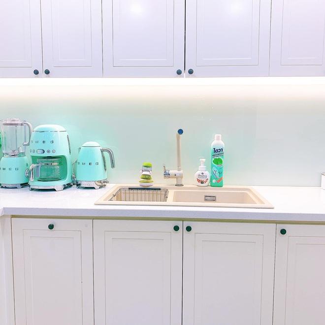 Mẹo nhỏ giúp căn bếp nhà bạn luôn sáng bóng, thơm tho - 5