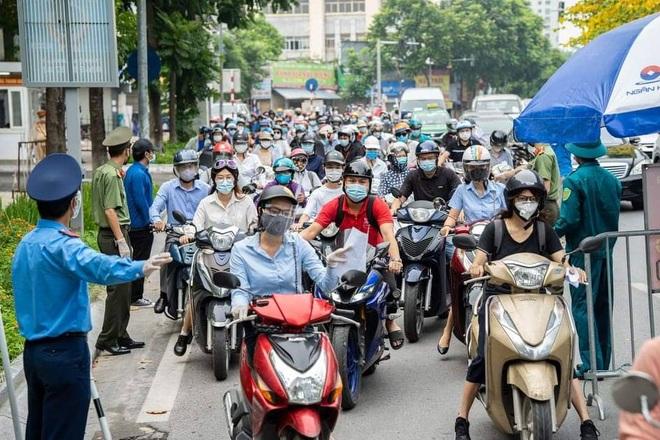 Chính phủ: TPHCM cần kiểm soát dịch trước 15/9, Hà Nội trước 25/8 - 1