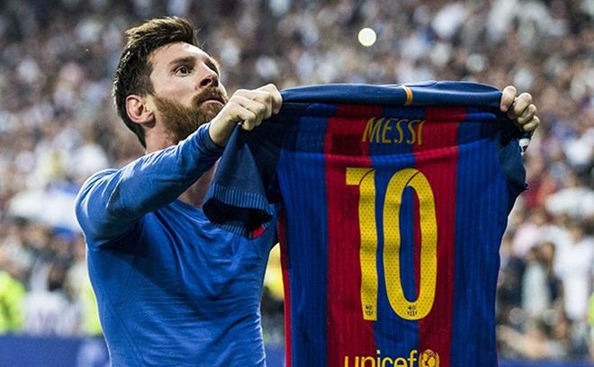 Không cầu thủ nào ở Barcelona nhận khoác áo số 10 do Messi để lại - 1