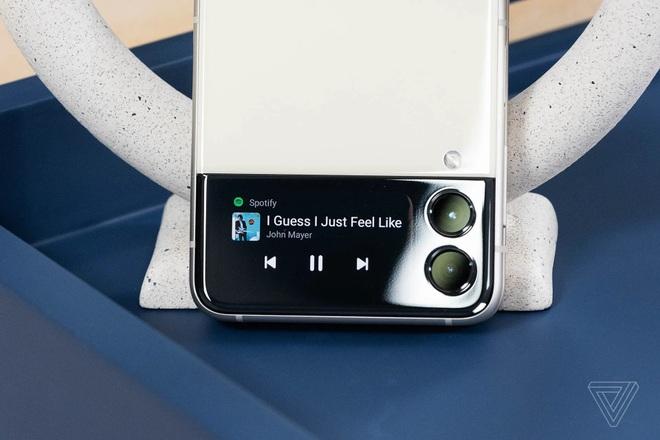 Samsung ra mắt bộ đôi smartphone gập Galaxy Z Fold3 và Z Flip3 - 5
