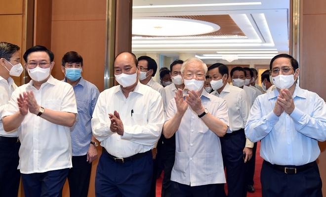 Trợ lý của 4 lãnh đạo chủ chốt giữ chức vụ tương đương Thứ trưởng - 1