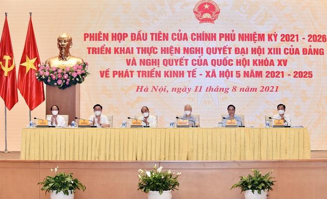 Chính phủ: Đến năm 2025, Việt Nam vượt qua mức thu nhập trung bình thấp - 1