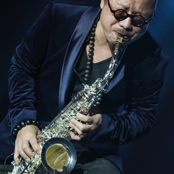 Saxophone Trần Mạnh Tuấn: Tôi đã khóc khi biểu diễn - 2