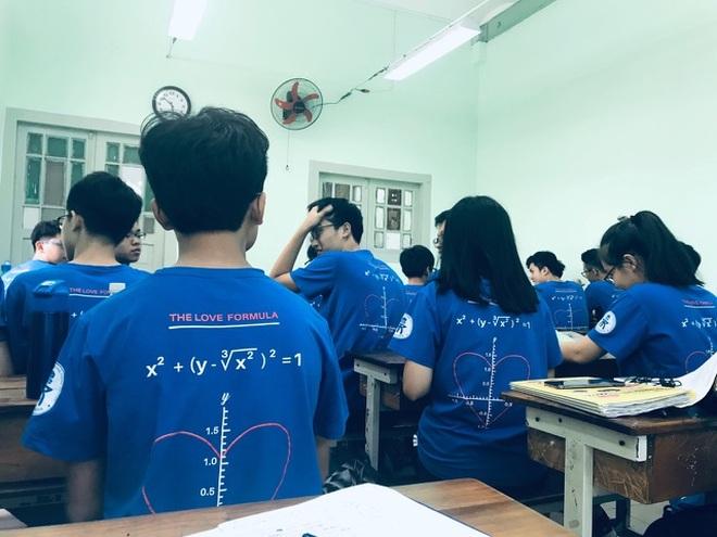 Học sinh Trường chuyên Trần Đại Nghĩa lo.... rớt lớp 10 - 3