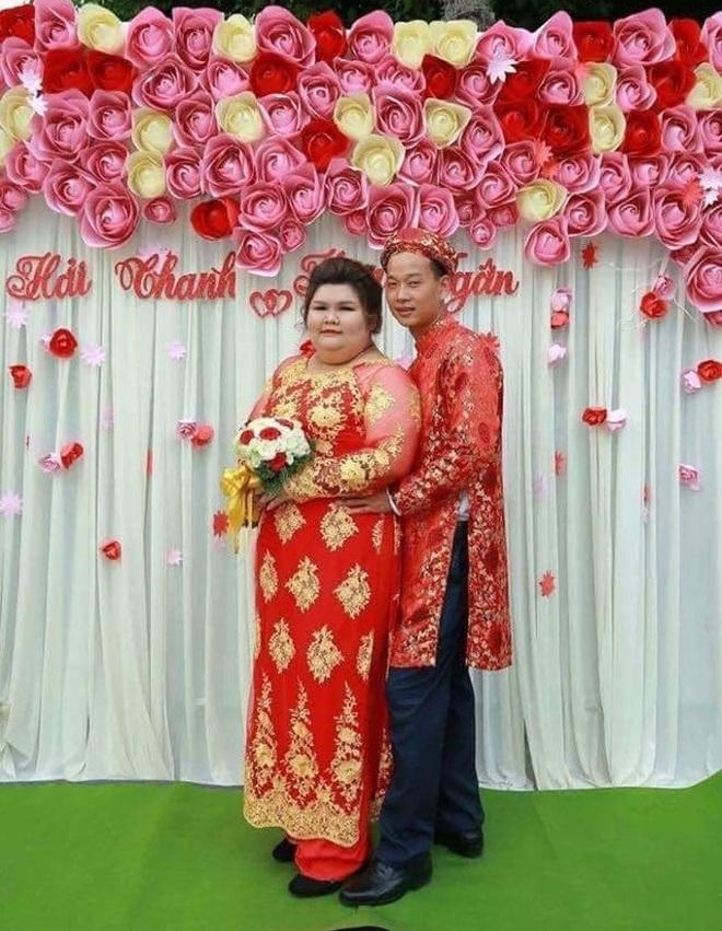 Chuyện tình gây sốt của cặp đôi vợ 140kg, chồng 70kg - 7