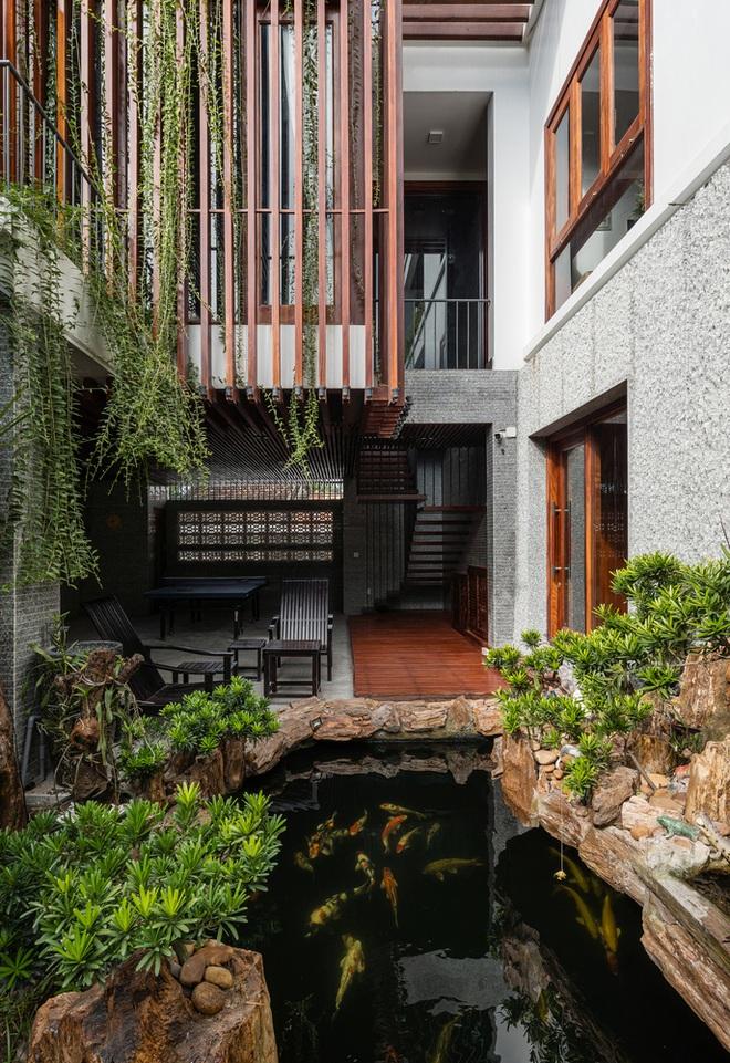 Ngôi nhà rộng 350 m2 có vườn rau, ao cá tuyệt đẹp ở Nha Trang - 2