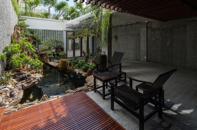 Ngôi nhà rộng 350 m2 có vườn rau, ao cá tuyệt đẹp ở Nha Trang - 1