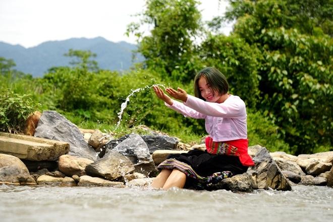 Tâm sự đầy nước mắt của nữ sinh dân tộc Thái mồ côi đạt 27,5 điểm - 4