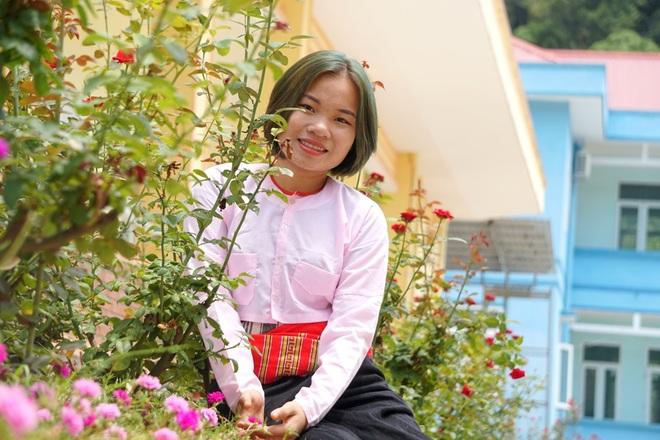 Tâm sự đầy nước mắt của nữ sinh dân tộc Thái mồ côi đạt 27,5 điểm - 3