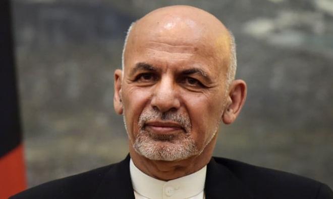 Tổng thống Afghanistan lần đầu lên tiếng sau khi rời đất nước - 1