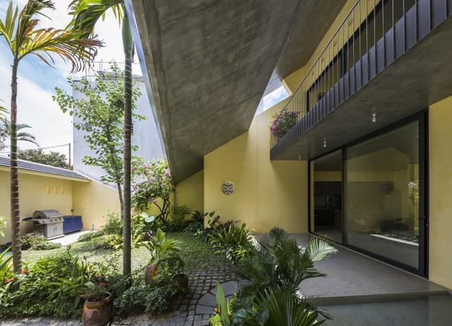 Ngôi nhà nhỏ xanh mướt của gia đình trẻ ở Đà Nẵng - 8