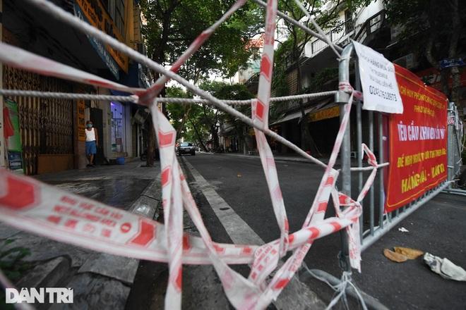 Hà Nội: Hai ổ dịch tại Thanh Xuân diễn biến phức tạp, thêm nhiều F0 - 1
