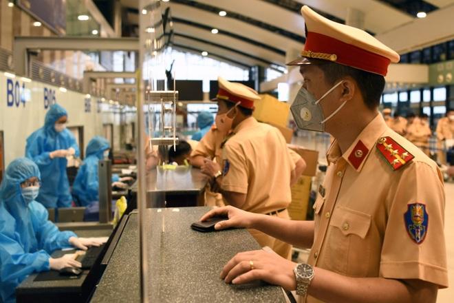 1.000 quân nhân từ Hà Nội vào TPHCM chống dịch - 3