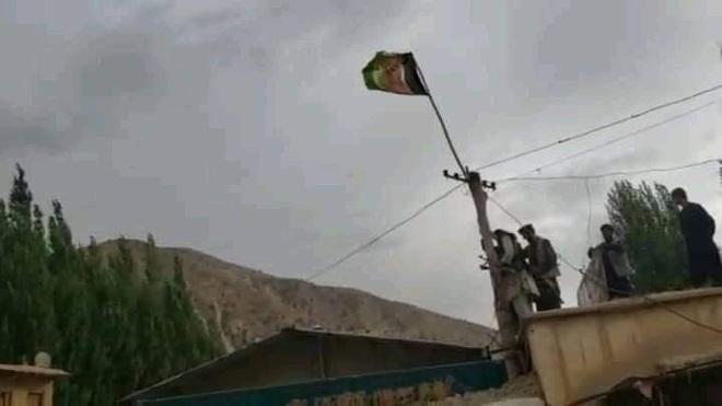 Afghanistan phản công, giành lại quyền kiểm soát một số khu vực từ Taliban - 1