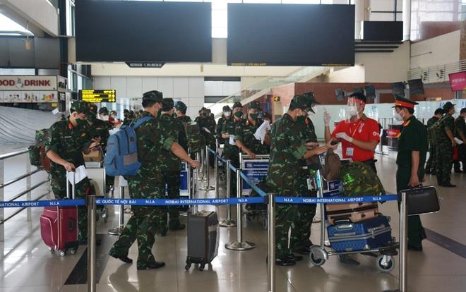 1.000 quân nhân từ Hà Nội vào TPHCM chống dịch - 1