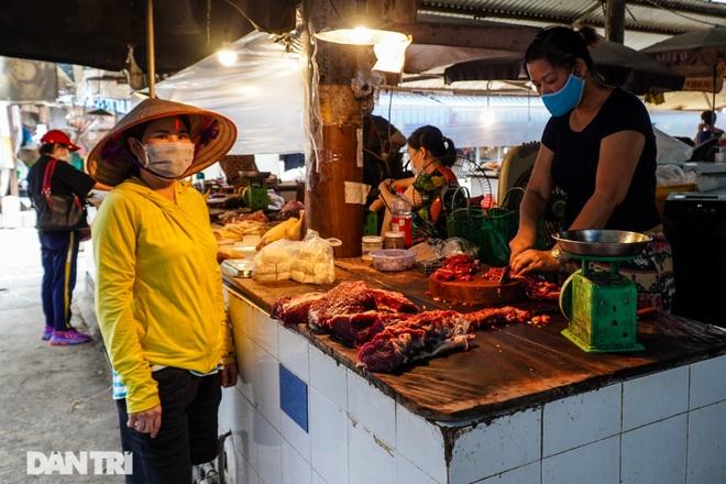 Chợ Đồng Xa ở  Hà Nội mở cửa trở lại sau 22 ngày phong tỏa