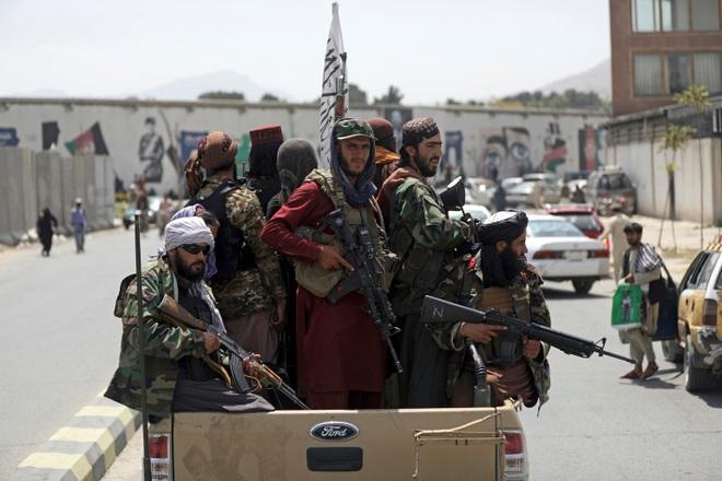 Chỉ huy Taliban thiệt mạng trong vụ đánh bom - 1