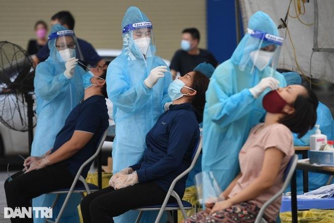 Bản tin ngày 27/8: Hơn 10.000 ca khỏi bệnh, 8 tỉnh không có ca nhiễm mới - 1